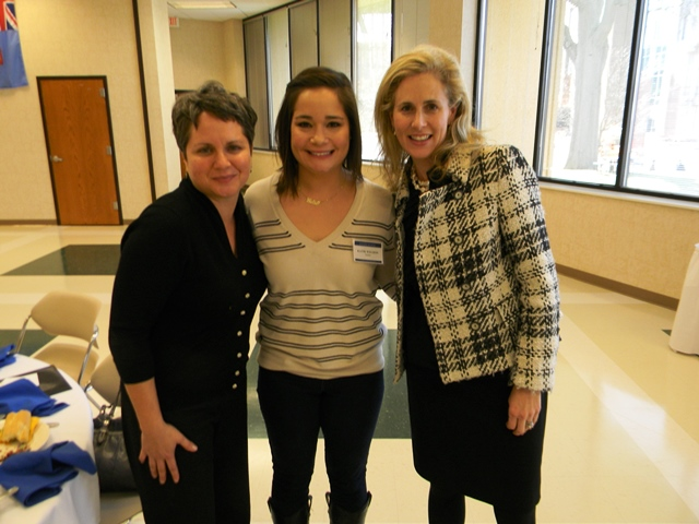 All women, students and professionals, enjoyed getting to know each other at the first Global Women event!
