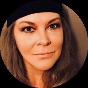 Stephanie Marjoras headshot