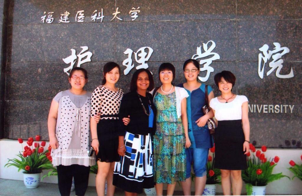 Dr. Martina Harris (center)