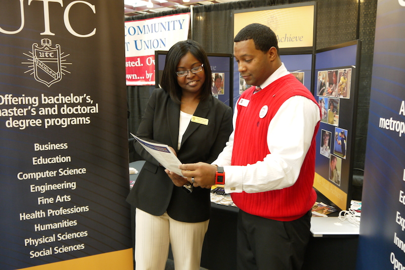 Sumer Patterson, Program Coordinator, the UTC Achieve Degree, discusses the online completion degree for working adults at the 2014 Business Expo.