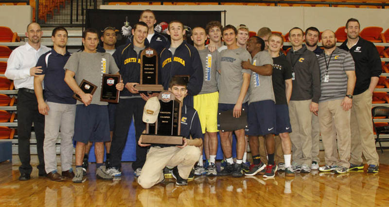 wrestling-mocs-socon-champs-2014-web