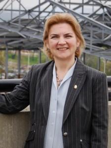 Dr. Nesli Alp