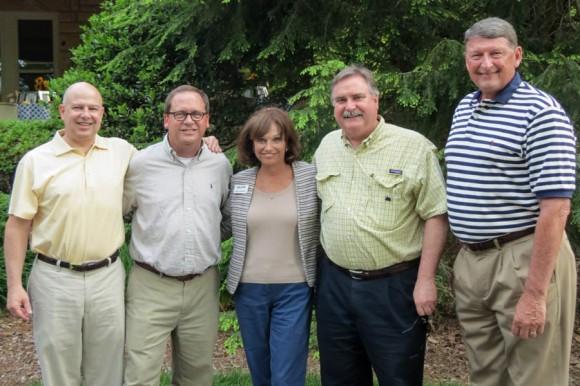 alumni-board-picnic-2014-08