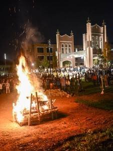 Bonfire lights up school spirit on November 5