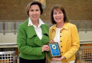 Dr. Debbie Ingram with 2016 Physical Therapy Alumni Achievement Award recipient Susie Thompson.