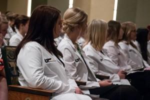 featurette-nursing2015white-coat-ceremony-36
