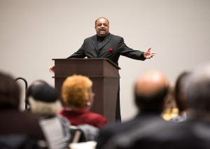 Journalist & political analyst Roland Martin speaks at MLK luncheon