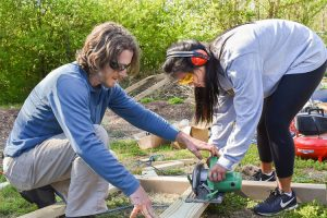UTC students create outdoor learning space for local elementary school