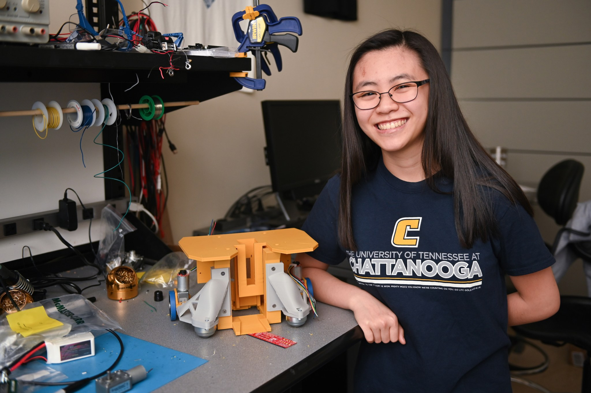Caroline Lee attends one of the top electrical engineering schools in Tennessee