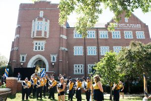 Rollins donation will help with business students' tuition, maintenance and fees
